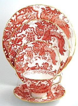 Royal Crown Derby Red Aves